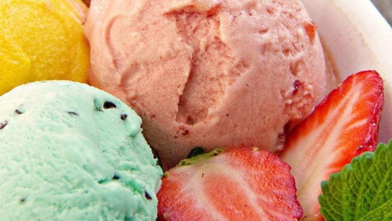 Kilo aldırmayan dondurma tarifi