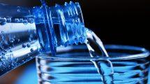 günde kaç bardak su